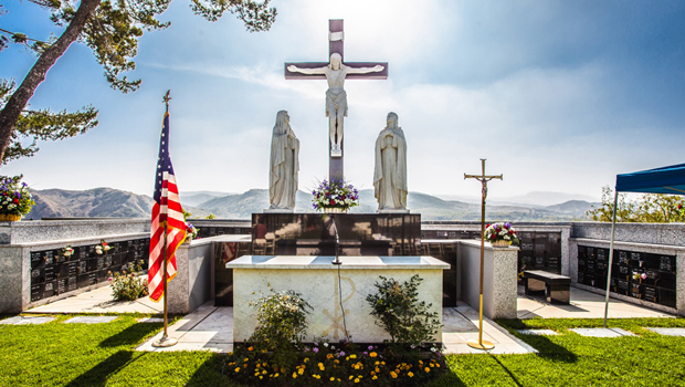 Holy Sepulcher Cemetery: Memorial Day Mass